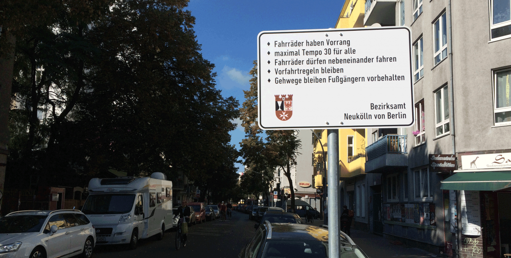 Fahrradstraße Weserstraße